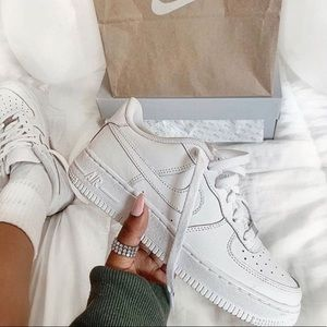 Nike Shoes - Nike af1 white